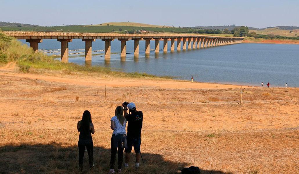 0597df57f Edital de tombamento da Ponte das Amoras é assinado - ALFENAS HOJE