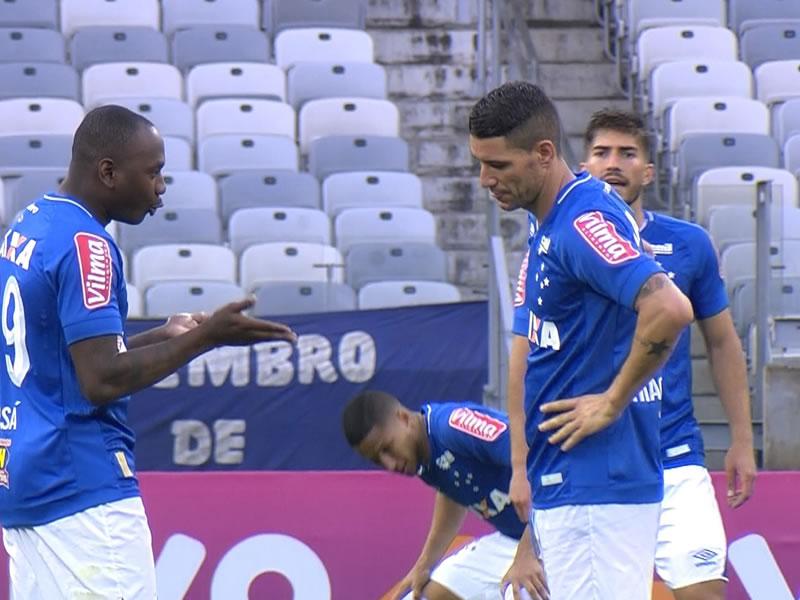 Cruzeiro é top 3 em finalizações, mas tem ´apenas´ o 11º melhor ataque do Brasileiro