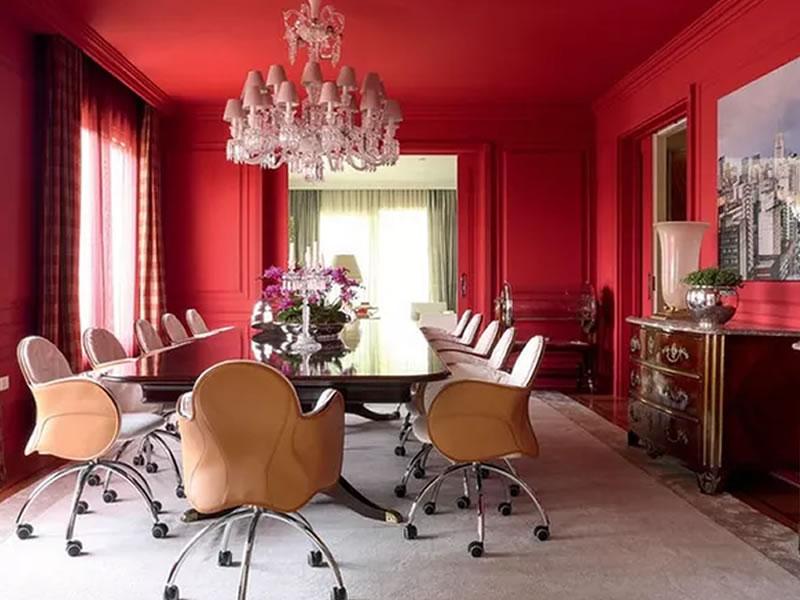 10 salas de jantar decoradas com vermelho