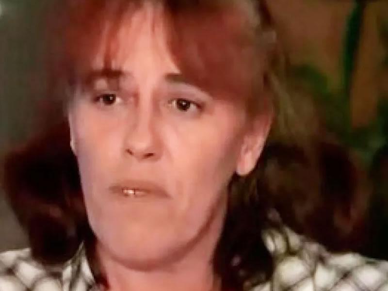 Mulher que escondeu bebê durante dois anos no bagageiro do carro é julgada na França