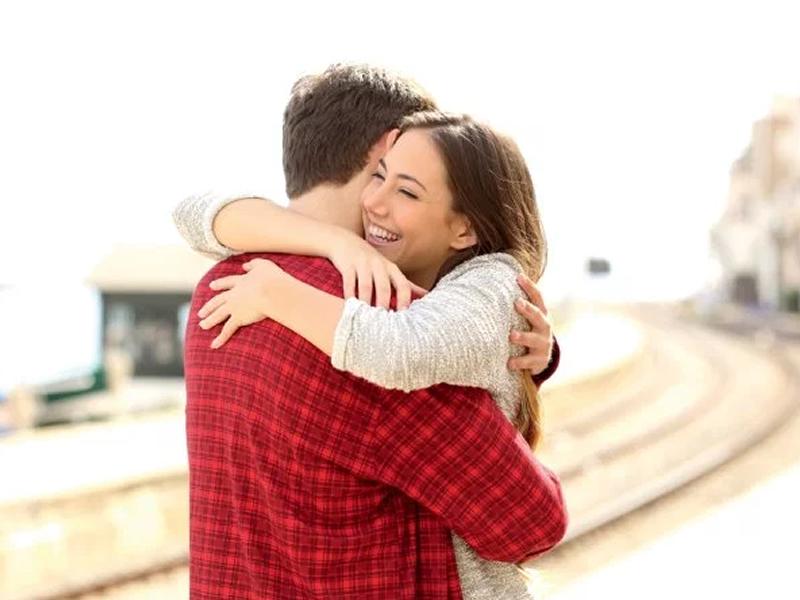 Pensar no seu parceiro ajuda a aliviar o estresse, sugere estudo