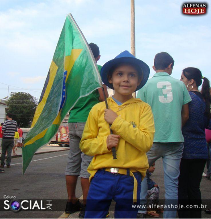 Praça Getúlio Vargas - Brasil x Camarões