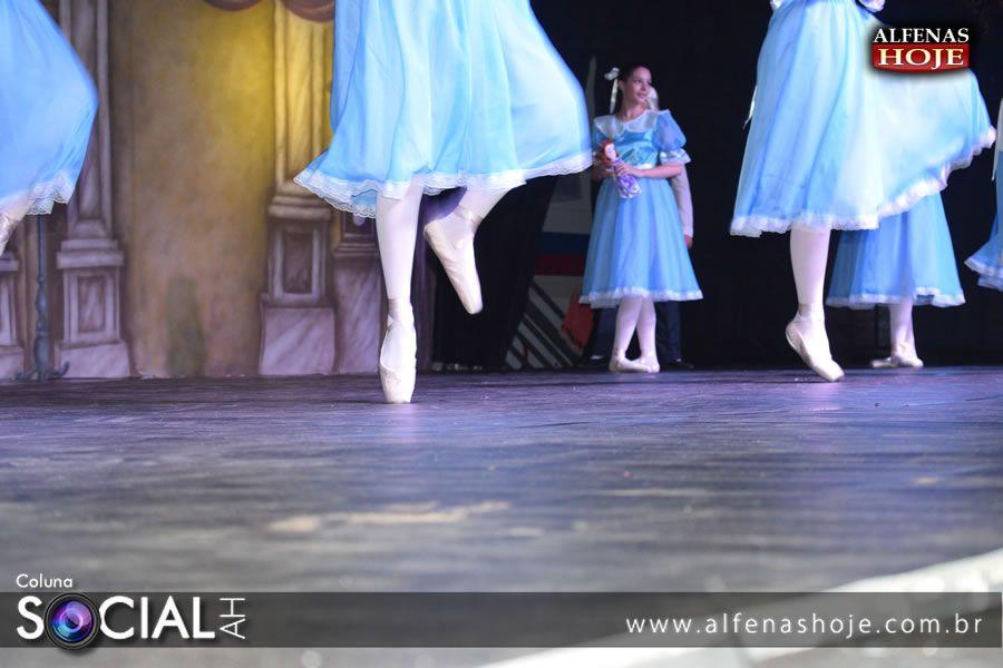 XXI apresentação da Cia de Dança Ballet Adágio do Colégio Sagrado Coração de Jesus